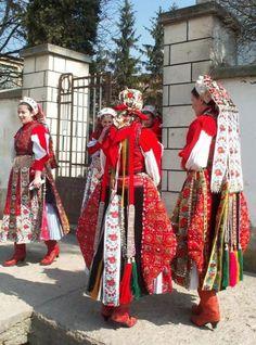Népviseletbe öltözött Kalotaszeg